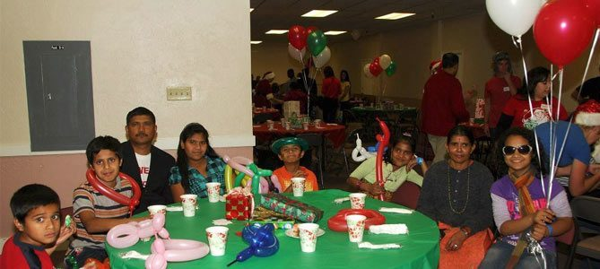 Physician Groups Bring Christmas to Refugee Children in Phoenix