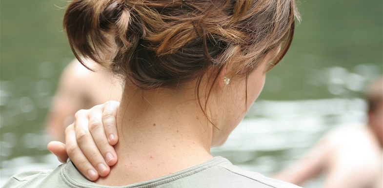 8 Simple Ways To Find Neck Pain Relief | ArizonaPain.com
