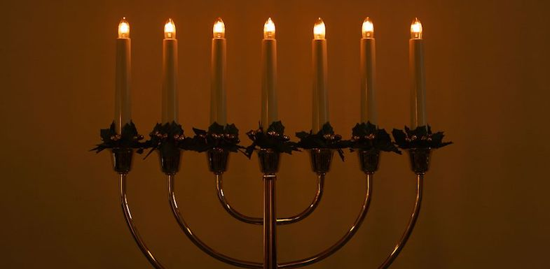 Celebrating Hanukkah Whole-Heartedly, Even With Pain | ArizonaPain.com